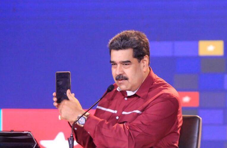 Maduro reitera que se deben regular las redes sociales