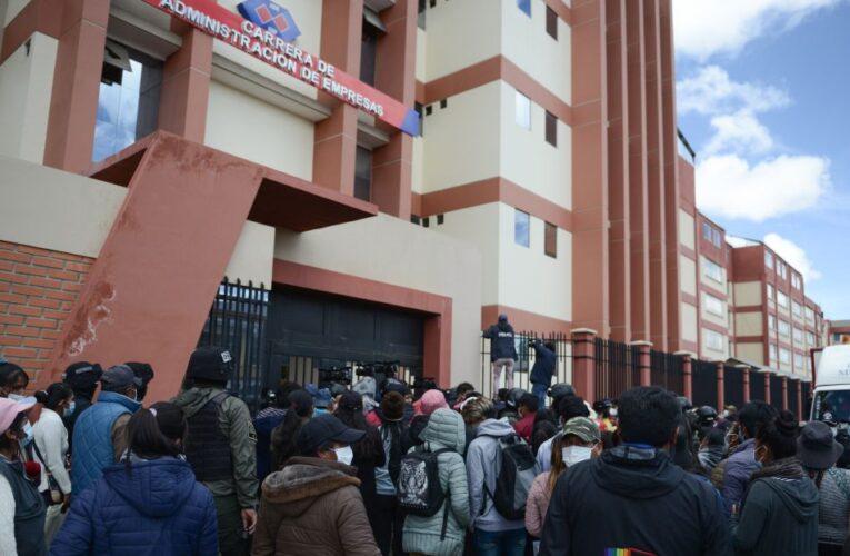 Hay 3 detenidos por muerte de 7 estudiantes en Bolivia