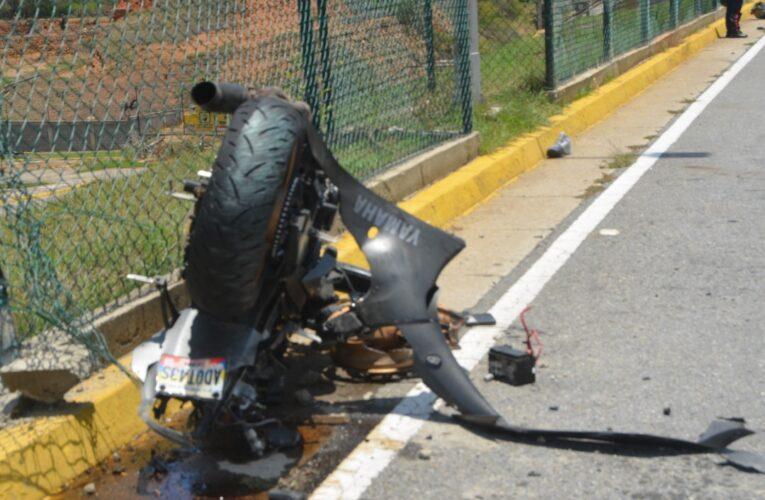 Motorizado se mató al estrellar su R6 contra un Fiat Palio