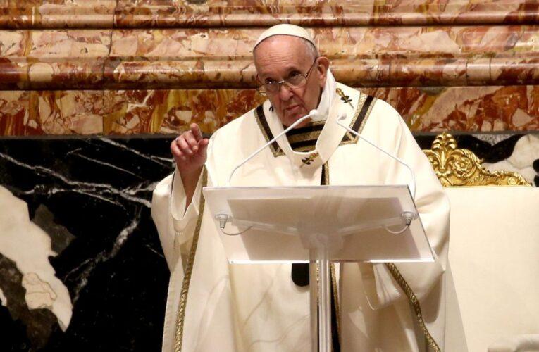 El papa pide compartir vacunas con los países pobres