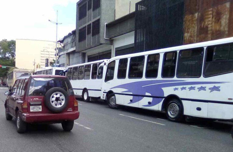 Butacas vacías en la Caracas-La Guaira