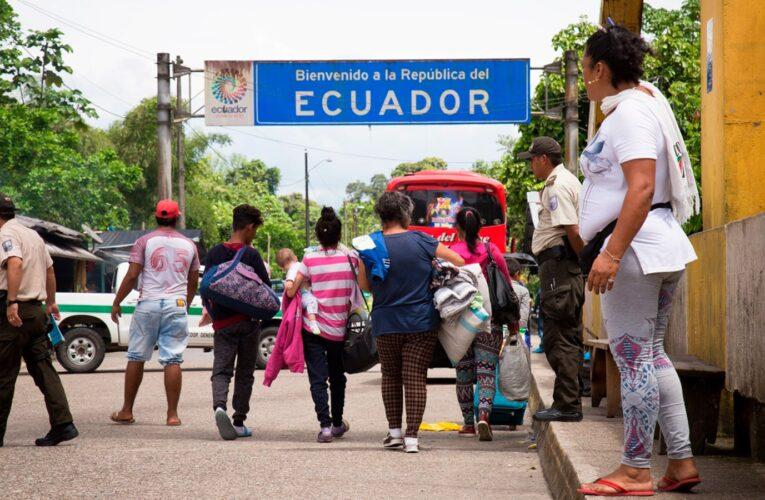 """Lasso anunció """"amplia regularización"""" de venezolanos en Ecuador"""