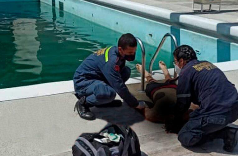 Encuentran joven ahogado en piscina de la UCV
