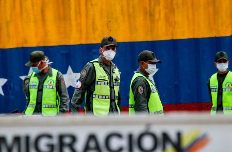 Duque: Colombia no reabrirá la frontera con Venezuela