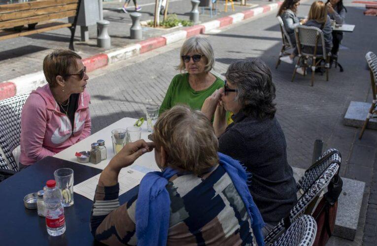 Uso de mascarillas ya no es obligatorio en Israel