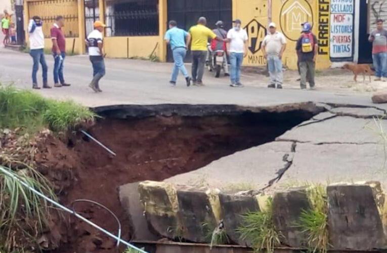 Se cayó puente La Chivata en Táriba