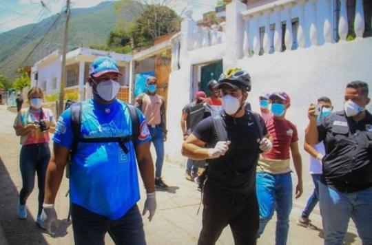 Alcalde Terán y MinPesca llevan pescado a Zamora