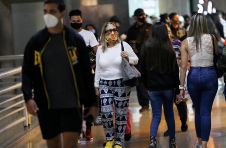 12 muertes y 1.115 contagios en Venezuela