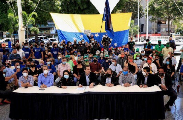 Oposición se reorganiza para exigir elecciones libres