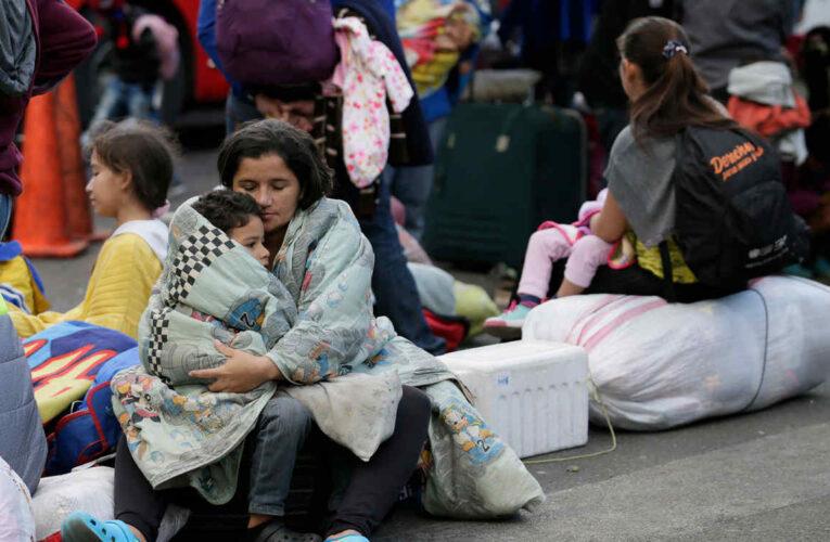 Perú busca regularizar a más de 600.000 migrantes venezolanos