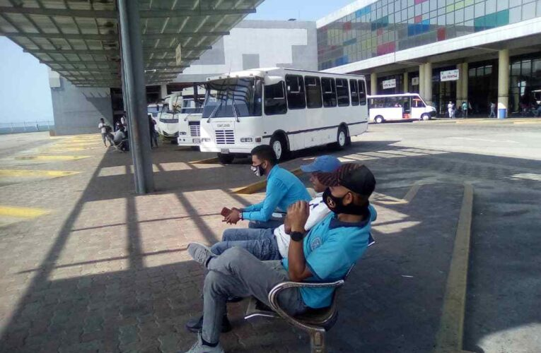 Revisarán tarifa de la Caracas-La Guaira en terminal de La Zorra