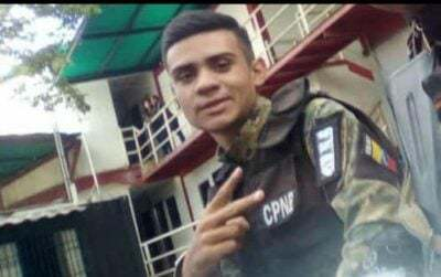 Policía abatió a 2 robabusetas pero el tercero lo mató a él