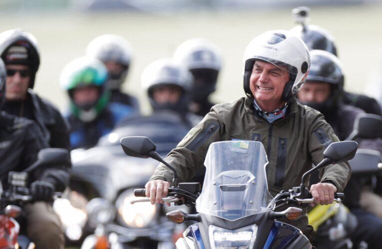 Bolsonaro encabezó multitudinaria movilización