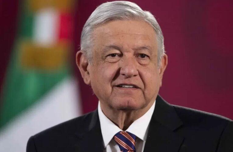 López Obrador pidió nuevo préstamo de vacunas a Kamala Harris