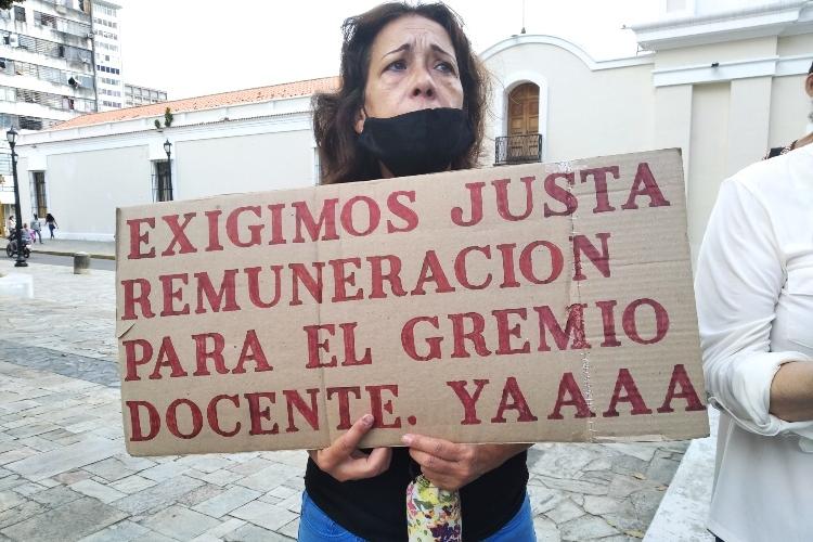 Sinvema Vargas: Docentes jubilados están en pobreza extrema