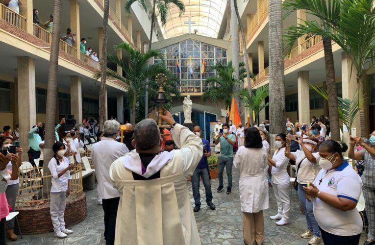 Reliquia del beato JGH permanecerá una semana en cada parroquia