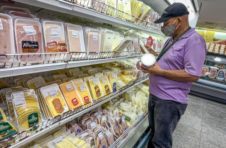 FMI: Inflación en Venezuela llegará a 5.500% este año