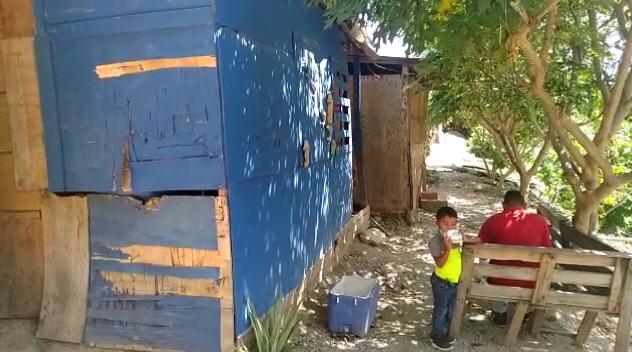 14 familias claman por ayuda en Simetaca
