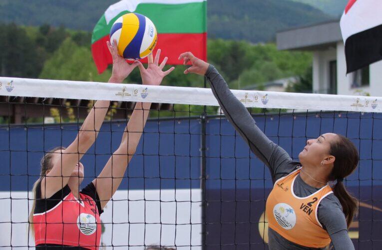 Agudo-Brito ganan la de plata en Tour Mundial de voleibol playa