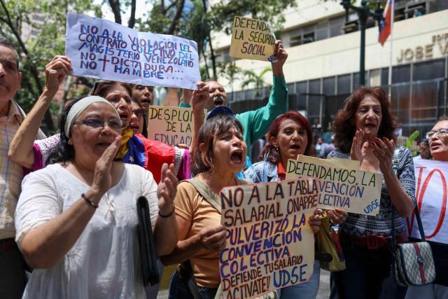 153 empleados públicos están detenidos por exigir sus derechos