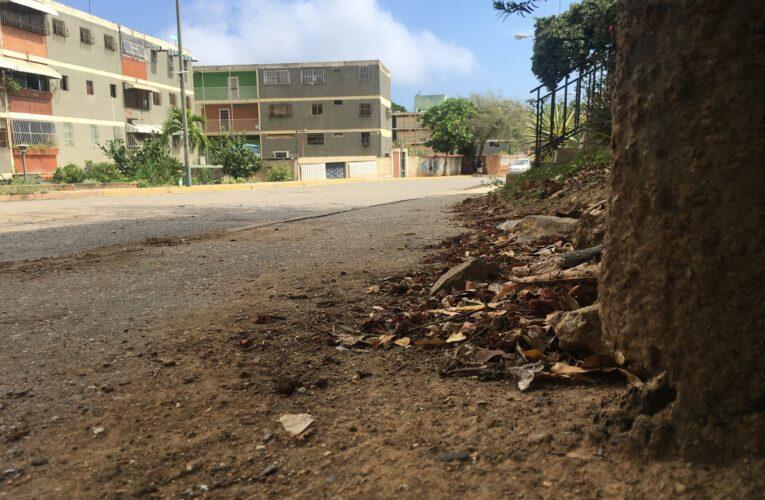 Exigen reparación del alumbrado en Guaracarumbo