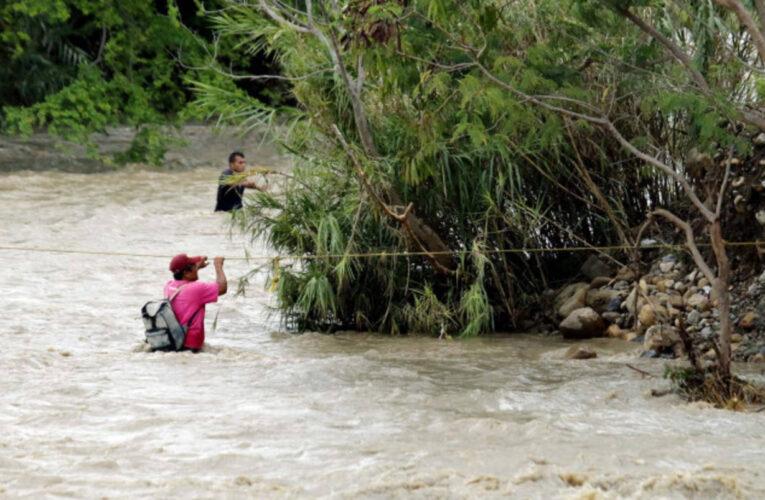 Van 5 ahogados tratando de cruzar la frontera