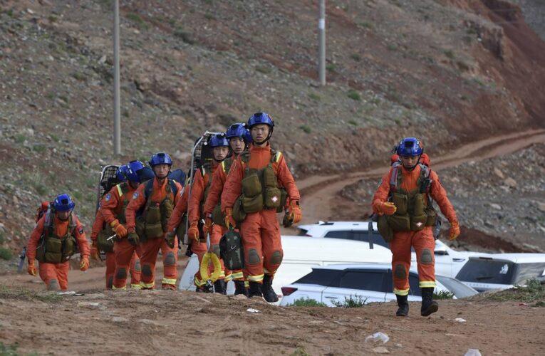 21 corredores murieron de frío en China