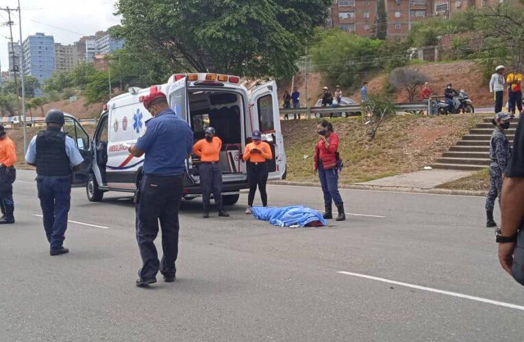 Murió arrollado frente al aeropuerto