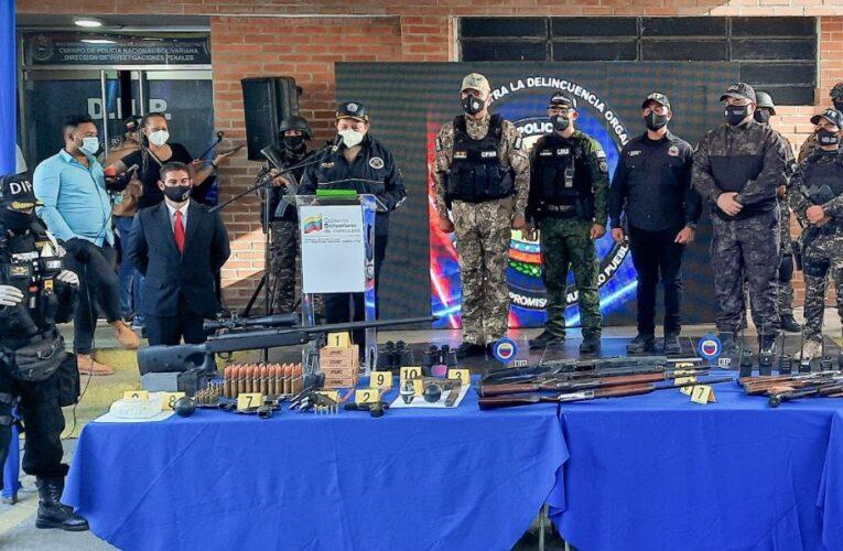 La Vega: 38 detenidos y armas largas de alta potencia incautadas