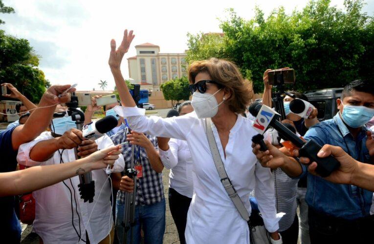 Justicia nicaragüense inhabilita a Cristiana Chamorro