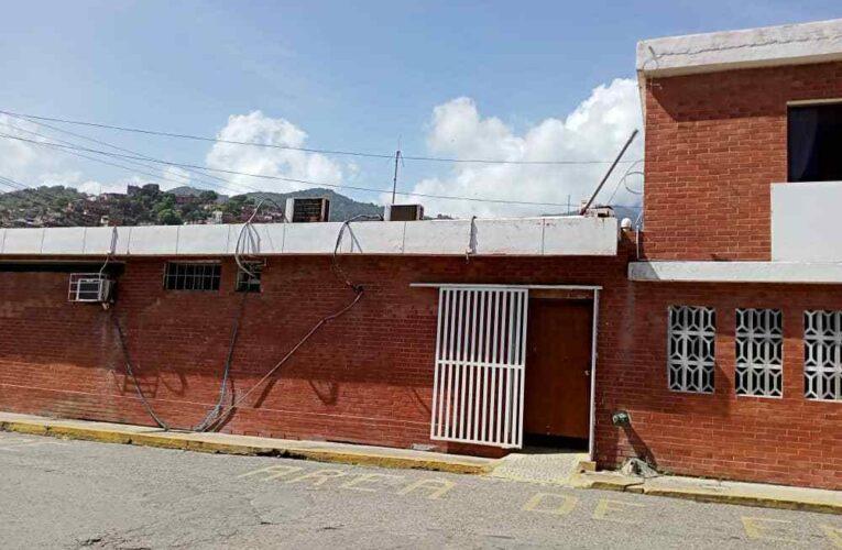 Hospital de Naiguatá sigue trabajando cuando no hay luz