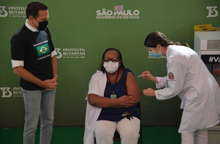 Sinovac exige a Brasil cesar críticas contra China a cambio de vacunas