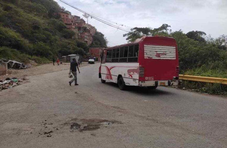 Pocos buses llegan hasta los sectores más distantes de Montesano