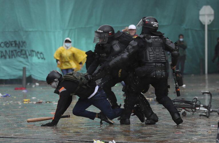 Duque anuncia «transformación» de la policía colombiana