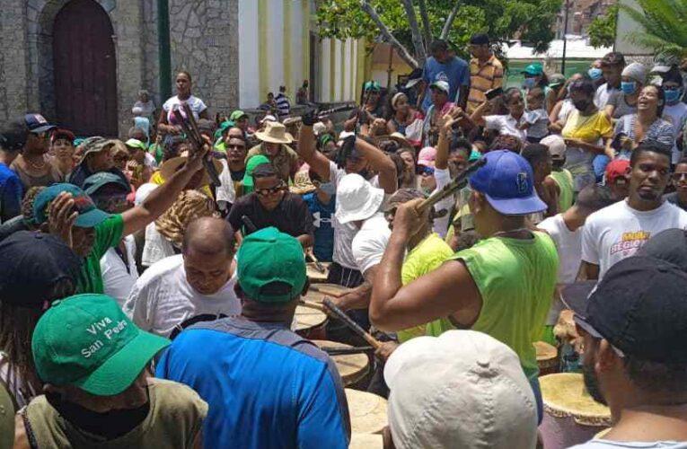 Tambores de San Pedro de Naiguatá cumplen 50 años de devota tradición