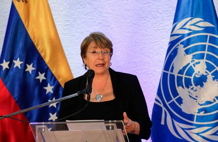 Para Bachelet es preocupante la reducción del espacio cívico en el país