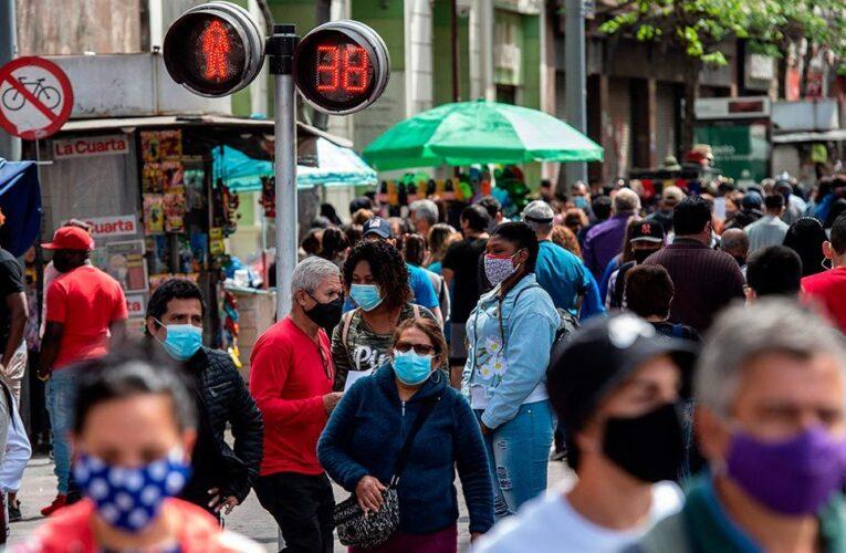 Primer fin de semana sin cuarentena desde marzo en Santiago de Chile