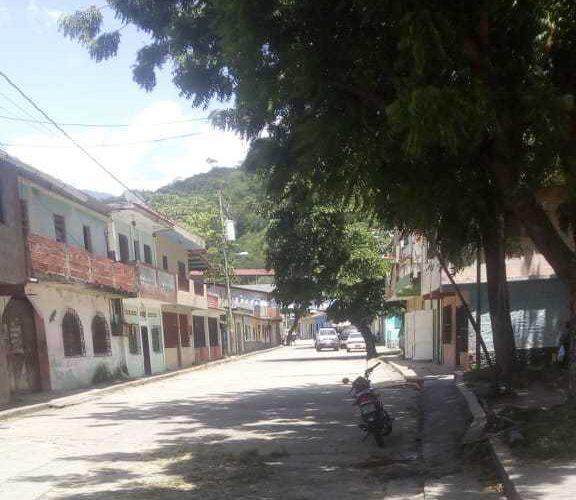 Explosión de transformador dejó sin luz a calles de Todasana