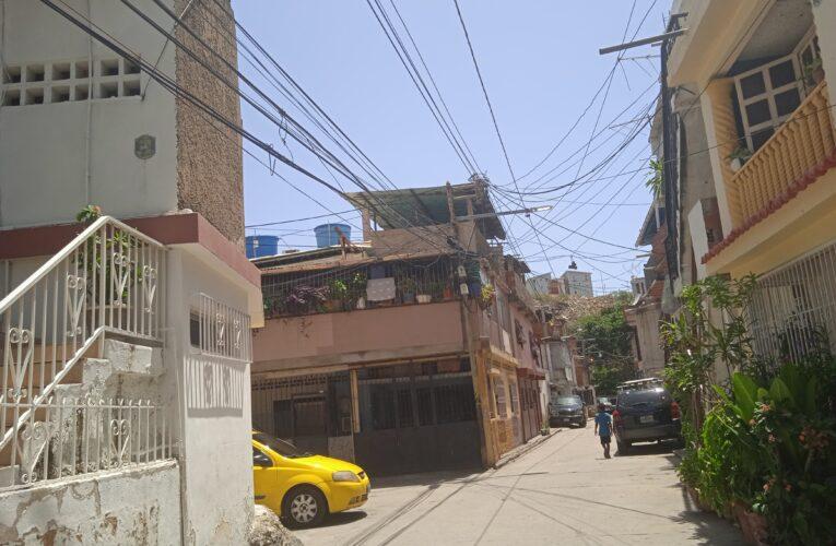 2 meses sin internet en La Lucha