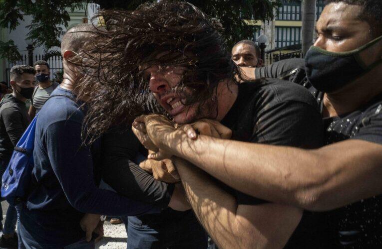 HRW: Hay 400 detenidos o desaparecidos en Cuba