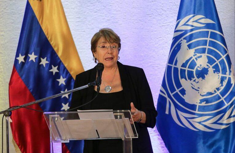 Bachelet advierte que siguen los abusos y torturas en el país
