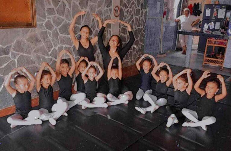 Escuela de ballet clásico D'Franali mostró todo su brillo