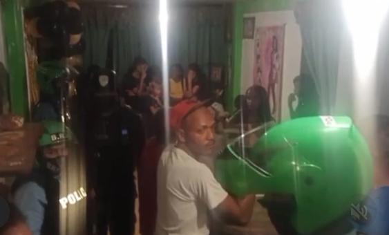 Fiesta clandestina de adolescentes en Brisas de Maiquetía
