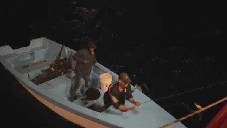 Rescatan a dos dominicanos que pasaron 14 días a la deriva