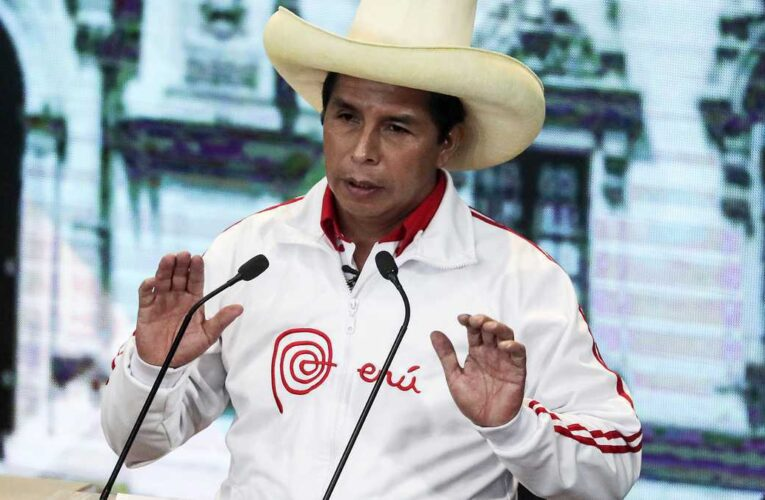 EEUU pide a Castillo un «rol constructivo» frente a crisis en Venezuela y Cuba