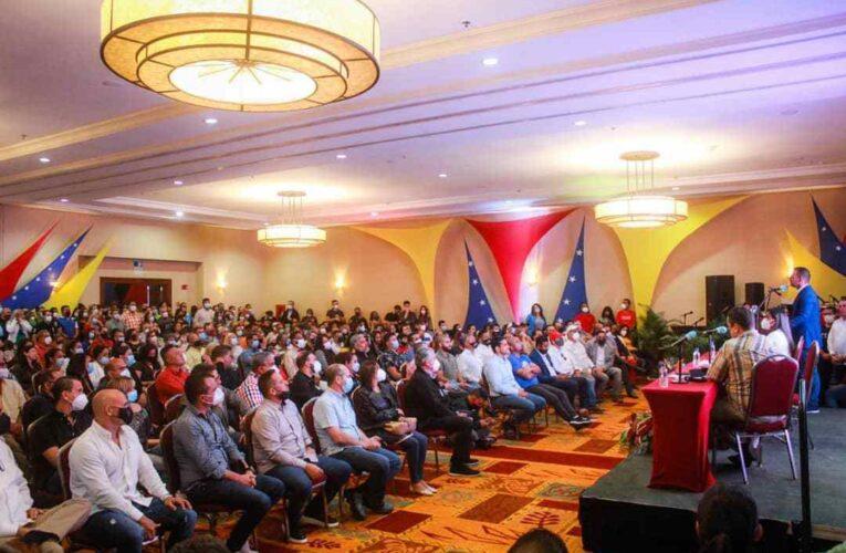 Empresarios escucharon propuestas de Terán para impulsar empresas y generar empleos