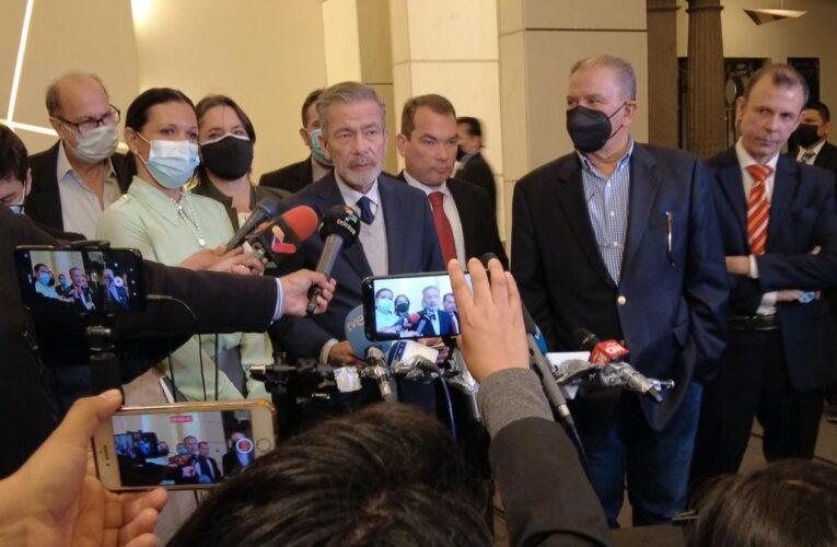 Oposición sobre incorporación de Saab a negociaciones: No nos vamos a distraer de nuestra agenda