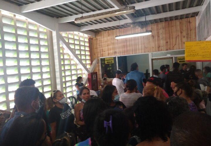 Denuncian desalojo arbitrario en el Comunitario de Catia la Mar