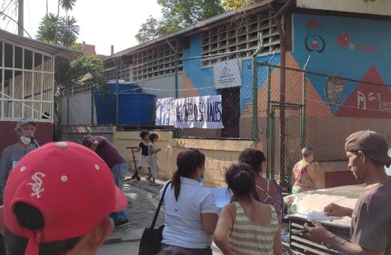 Realizan toma simbólica frente al comedor comunal de Barrio Aeropuerto
