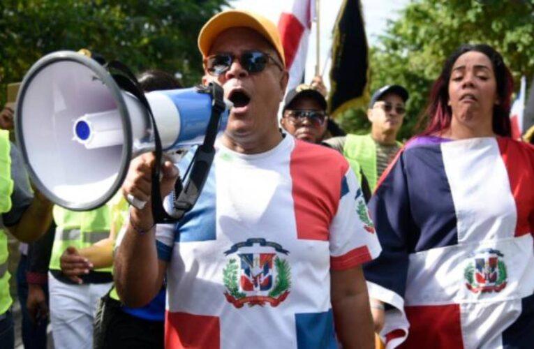 Cancelan por amenazas exposición sobre venezolanos en Dominicana